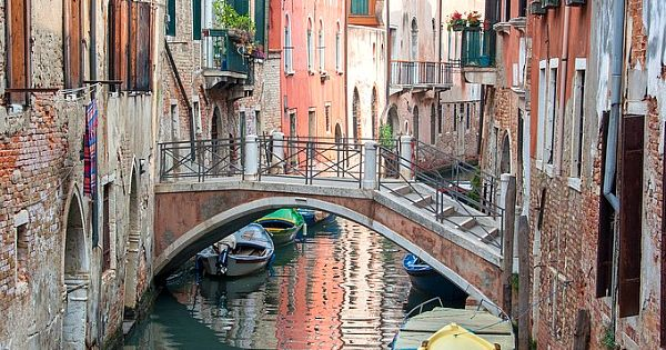 Insider tips on things to do in Venice Italy.