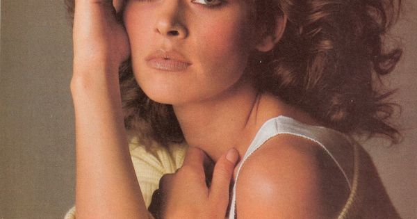 Vogue US, February 1983, Photographer : Denis Piel, Model ...