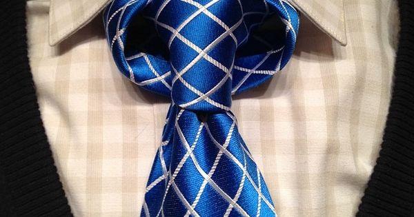 Necktie - How to tie the Linwood Taurus necktie knot video