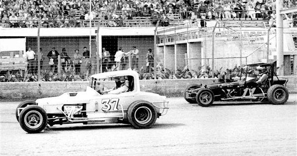 Roy Bryant Wichita Ks And Jim Harness Ness City Ks 1975