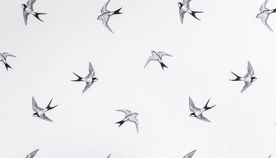 Karwei met dit behang met zwaluwen geef je jouw kamer op for Behang per m2