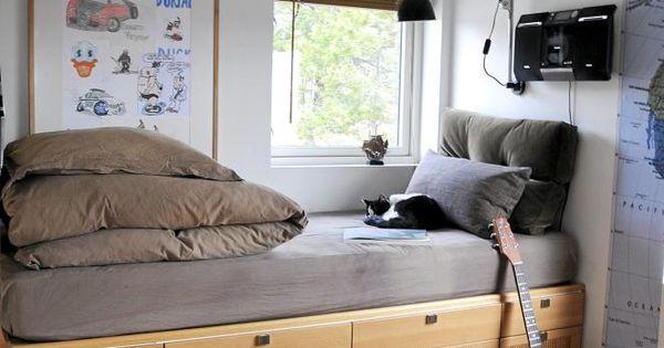 Verhoogd bed lades wonen pinterest lades raam en slaapkamer - Tiener meisje mezzanine slaapkamer ...