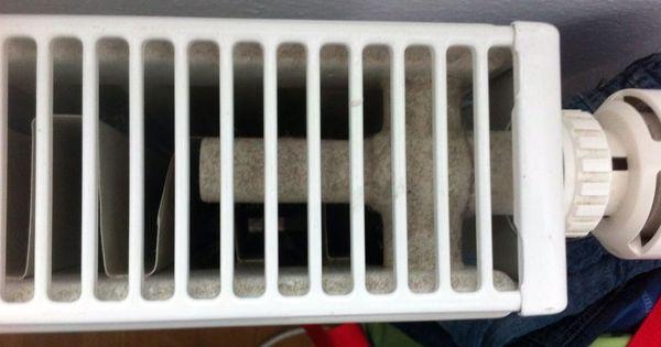 wie kann man staub aus dem heizk rper entfernen das gitter kann leider nicht abgenommen werden. Black Bedroom Furniture Sets. Home Design Ideas