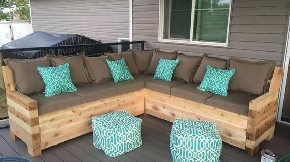 Pallet patio sectional sofa plans outdoor sectional for Meuble patio palette