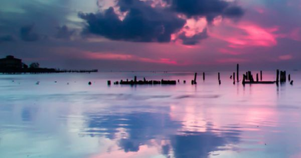 Blue and pink reflections, Seabrook, Texas // Marc McKinney