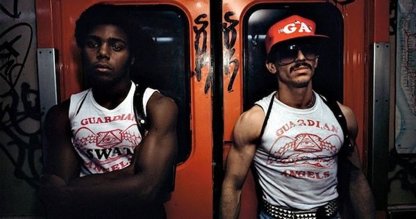 Top 12 Street Photographers Who Captured the Grit of New York in the 70s and 80s | NYC Subway, Street photography and Photography