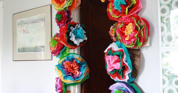 huge DIY flowers as decoration: tissue flower tutorial / Aunt Peaches