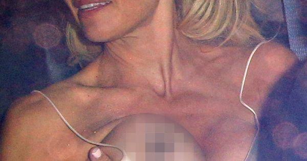 Anderson Boob Pam Pic