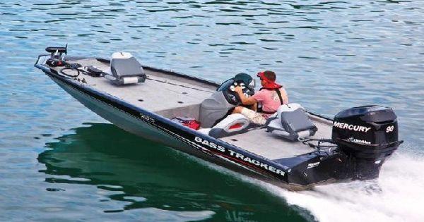 Tracker boats pro team 190 tx bass boat tracker boats for Bass tracker fishing boats