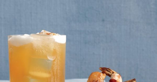 Maple-Bourbon Cider | A spicy take on maple-bourbon cider via @Martha Stewart