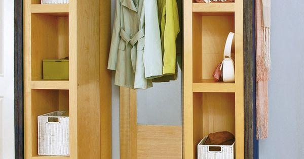 die perfekte l sung f r wenig platz im flur eine schiebe. Black Bedroom Furniture Sets. Home Design Ideas