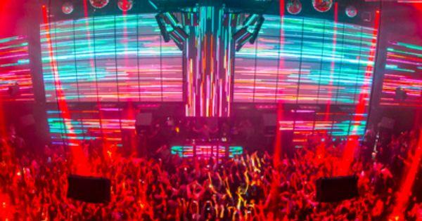 2019 S Best Pop Culture Themed Hotels Rentals Las Vegas Night