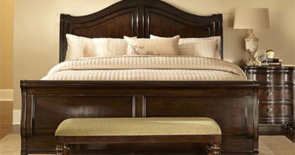 The Traditional Manner Traditional Bedroom Bedroom Bench Storage Bench Bedroom