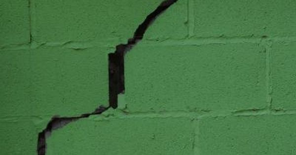 How To Patch A Cracked Stone Foundation Concrete Block Walls Cinder Block Walls Basement Walls