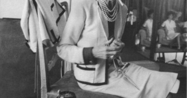 Citaten Coco Chanel : It s just a cigarette coco chanel pinterest