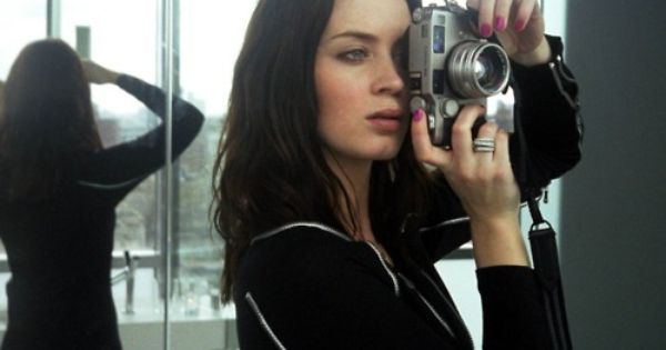 Emily Blunt with a Contax G2 camera, Go To www.likegossip.com to get