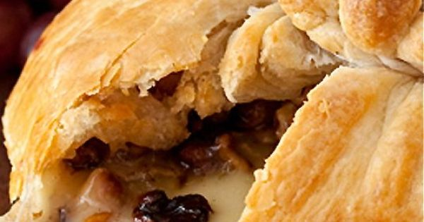 Brie, Cranberries and Pecans on Pinterest