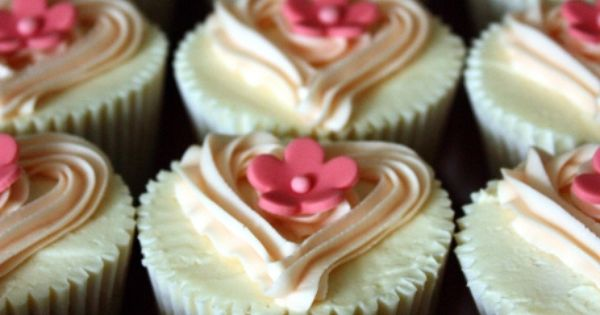 Heart & Fondant Flower Cupcake Toppers