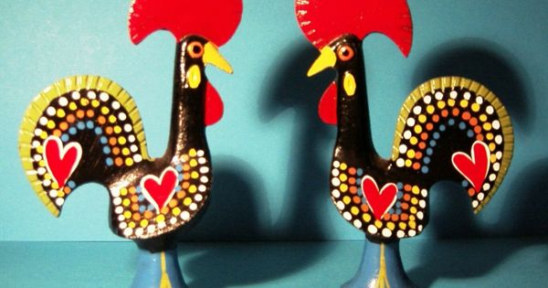 portuguese roosters! kitchen inspiration for when i have a real kitchen :)