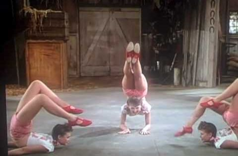 Ross Sisters Crazy Breakdance From 1944 Will Leave You Speechless / Vintage