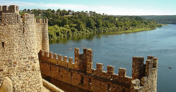 Castelo De Almourol Portugal Beach Trip Most Beautiful Cities Castle