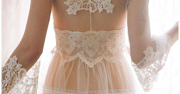 Mariage la nuit for Lingerie de mariage pour sous robe