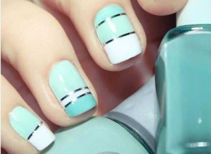 احدث مناكير ازرق سماوي فاتح و غامق 2019 The Latest Light And Dark Blue Nail Polish صور المانكير السماوي مع در Nails My Nails Metallic Nails Design