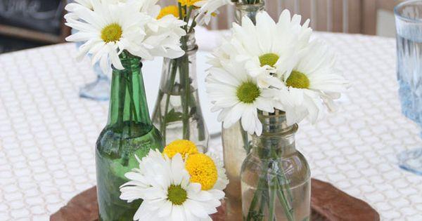 daisies mums assorted bottles centerpiece orlando wedding flowers. Black Bedroom Furniture Sets. Home Design Ideas