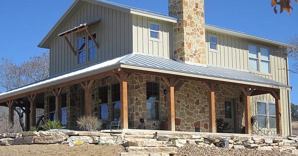 Lovely metal ranch home w wrap around porch in texas hq for Pros and cons of ranch style homes