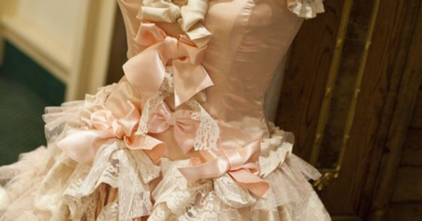 Bows, ruffles, lace, pink. Favourite things
