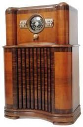 1940 Zenith Console Radio Value This Now Vintage Radio Cabinet Antique Radio Vintage Radio