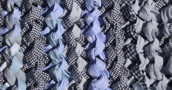 tapis tricot avec des bandes de tissu draps d coup s en bandes de 10 cm de large textile. Black Bedroom Furniture Sets. Home Design Ideas