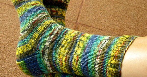 Explications d 39 imawale pour tricoter des chaussettes avec 2 aiguilles circulaires tricoti - Tricot aiguilles circulaires magic loop ...