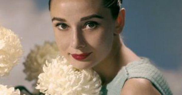 Audrey Hepburn... my style icon!