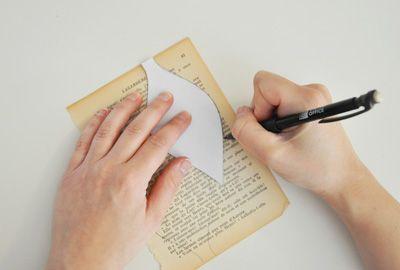 Guirlande lumineuse en fleurs de papier d co no l - Fabriquer guirlande lumineuse ...