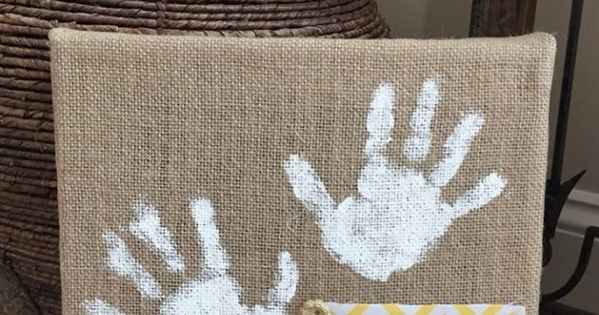 Easy diy burlap wall art that kids can make kid blogger for What can i make with burlap