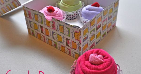 Cute cupcake onesies gift box. {DIY Baby Shower Gift Ideas}