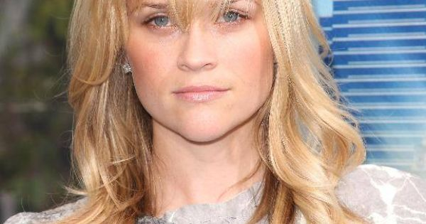 Medium Length Blonde Hairstyles | Medium Blonde Hairstyle with Bangs Medium Length