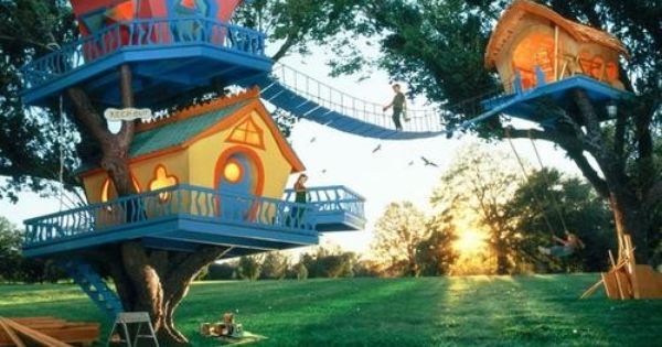 Treehouse Photos Only | feel like I'm in a dr. Seuss book.