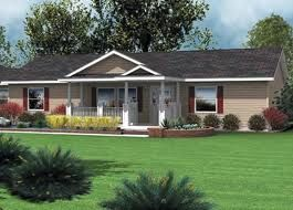 Single Wide Vs Double Wide Mobile Homes Mobile Home Doublewide House With Porch Manufactured Home Remodel