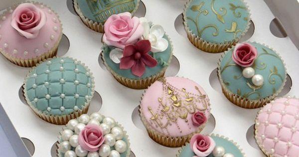 #wedding cupcakes ? ...I'd do for a bridal shower