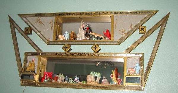 Vintage 50 39 s 60 39 s mirrored shadow box home decor tchotchke knick knack etc pinterest Home decor knick knacks