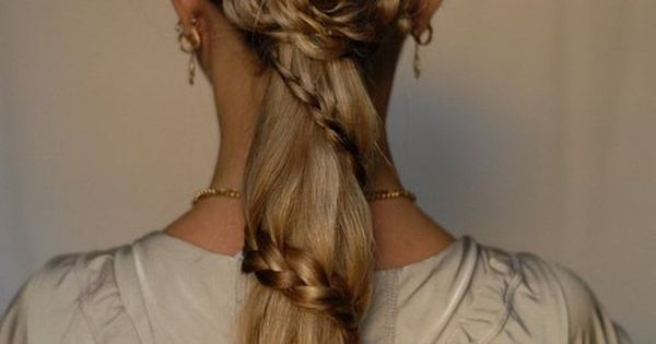 Like if you'd wear these summer hairstyles!