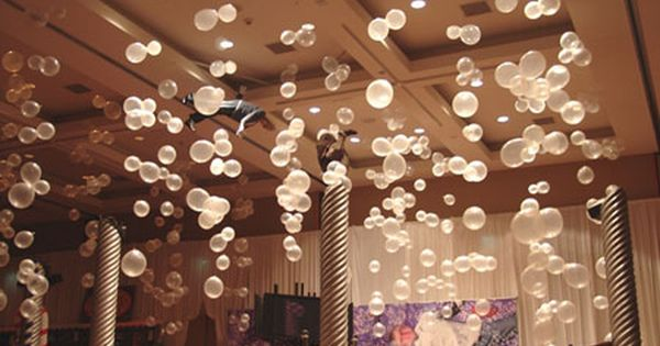 Bubbles Tie Clear And Opaque White Balloons Onto Fishing