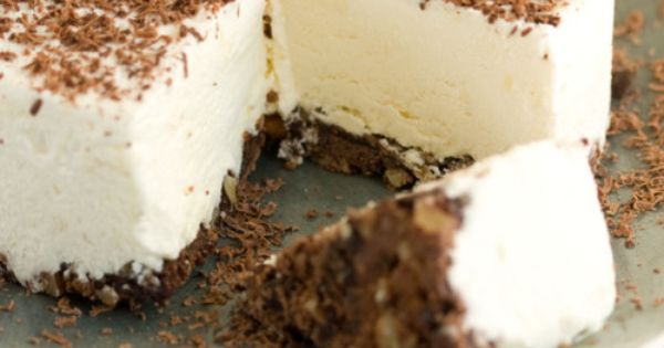 white chocolate torte - 4 ingredients