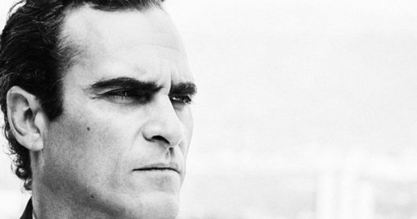 Joaquin Phoenix Hair Loss Men Mens Haircuts Receding Hairline Receding Hair Styles