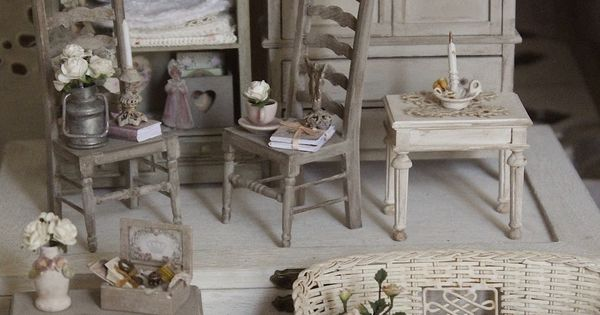 m bel shabby chic and miniaturen f r puppenh user on. Black Bedroom Furniture Sets. Home Design Ideas