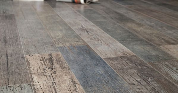 Amazing Distressed Wood Looking