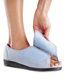 extra wide open toe slippers