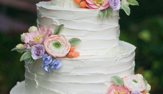 Rustic buttercream cake and sugar flowers